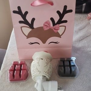 New angel scentsy plug in Package